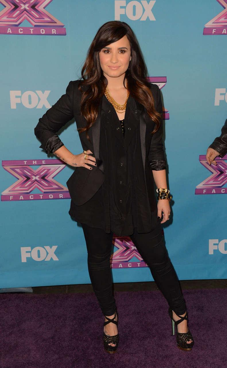 Demi Lovato X Factor Season Finale Night 1 Los Angeles