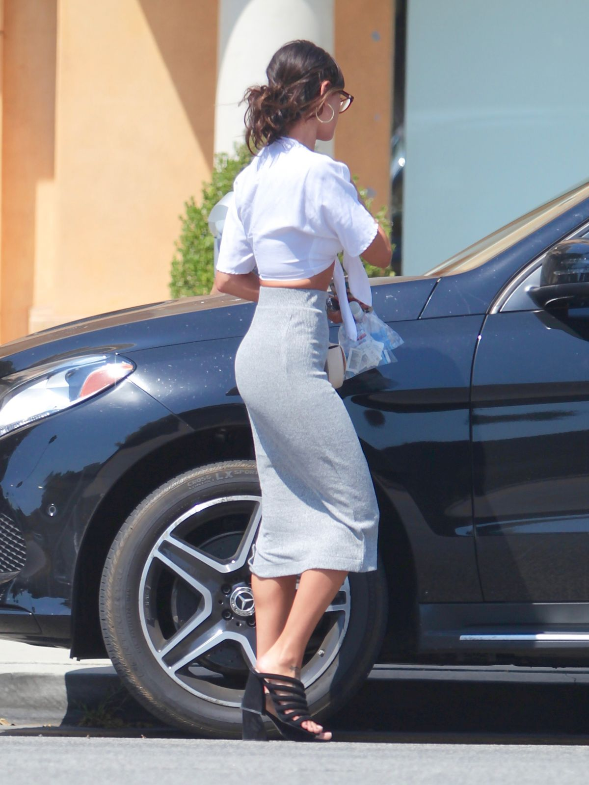 Eiza Gonzaley Tight Long Skirt Out Studio City