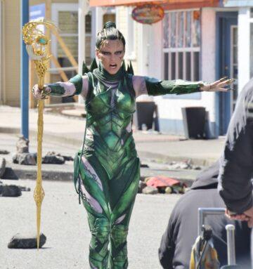 Elizabeth Banks Set Of Power Rangers Vancouver