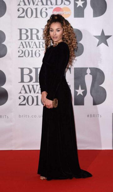 Ella Eyre Brit Awards 2016 London