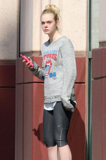Elle Fanning Leggings Leaves Gym Los Angeles