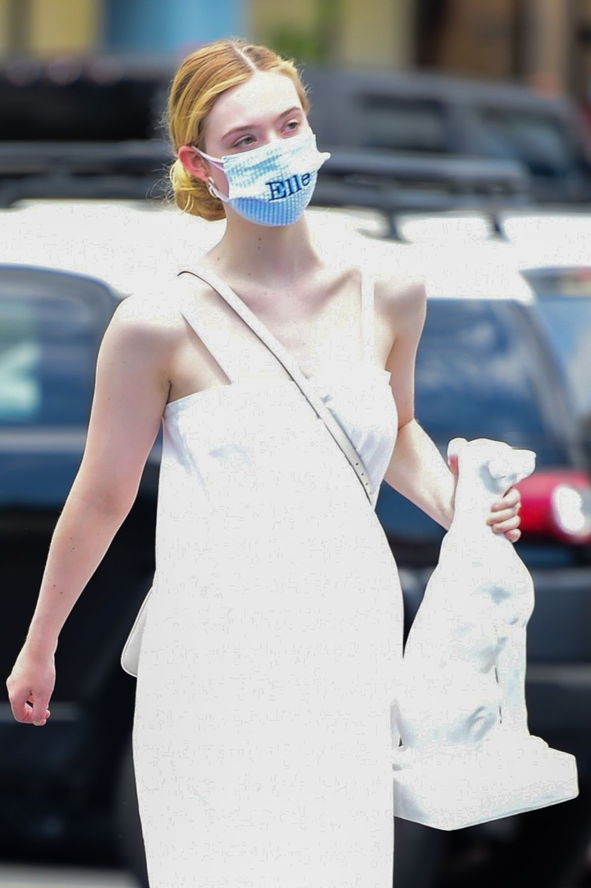 Elle Fanning Out Shopping Los Angeles