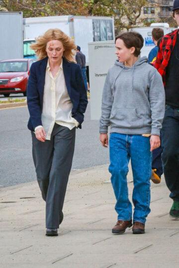 Ellen Pahe Julianne Moore Set Freeheld New York