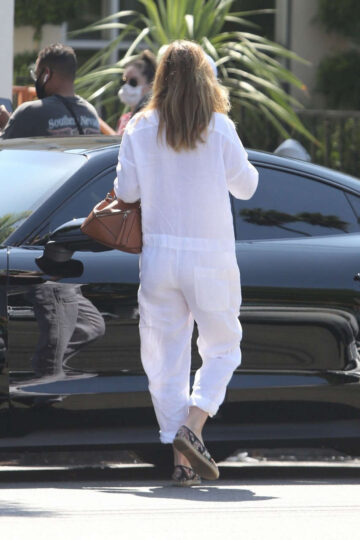 Ellen Pompeo Out For Juice Los Feliz
