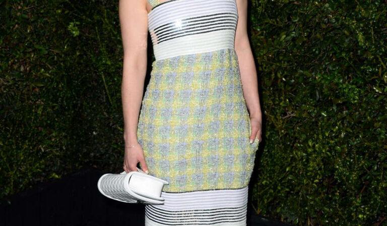 Emilia Clarke Chanel Charles Finch Pre Oscar Dinner Los Angeles (2 photos)