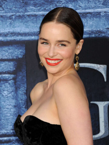 Emilia Clarke Game Of Thrones Season 6 Premiere Hollywood