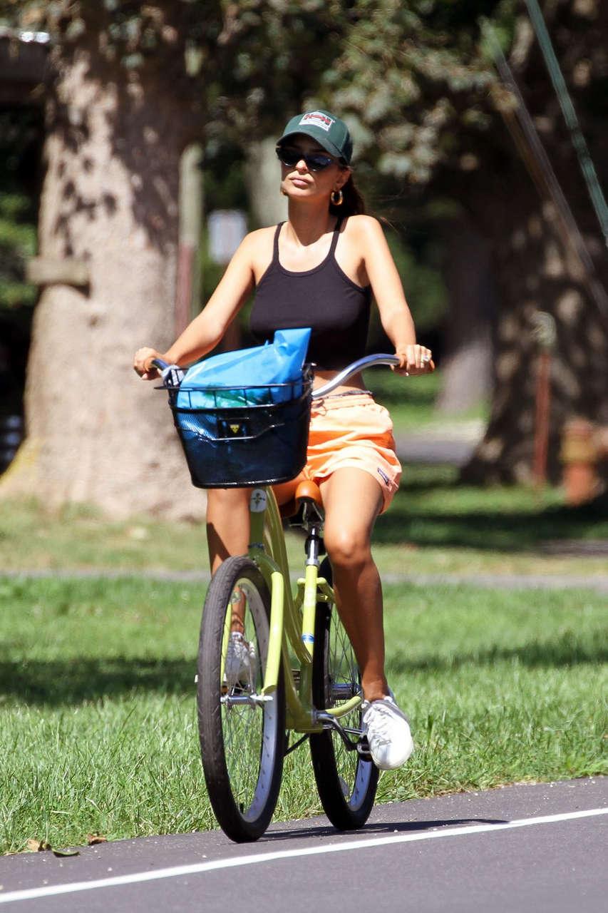 Emily Ratajkowski Out Bike Ride Hamptons