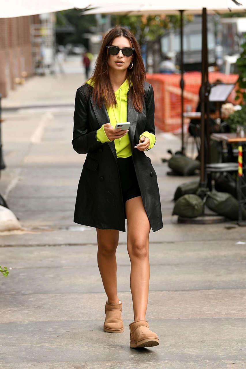 Emily Ratajkowski Out With Colombo New York