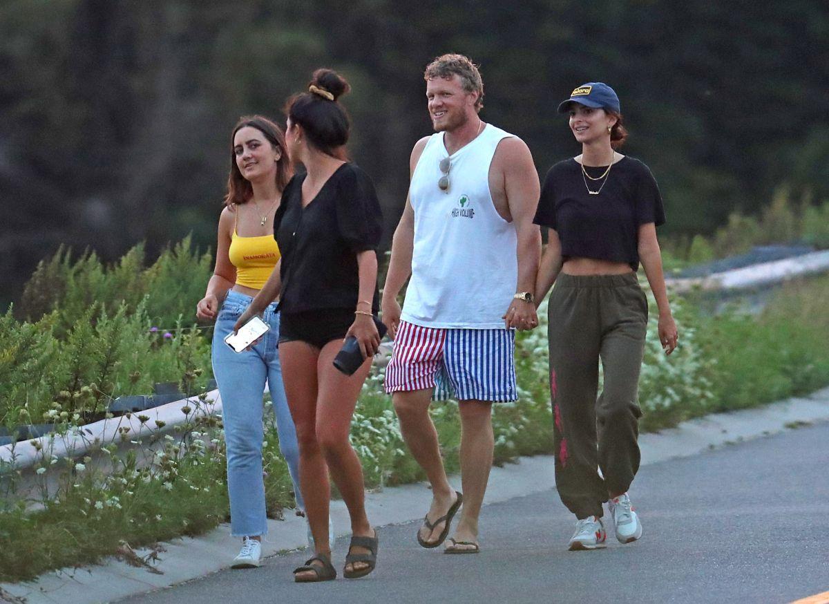 Emily Ratajkowski Sebastian Bear Mcclard Out Hamptons