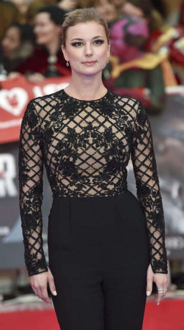 Emily Vancamp Captain America Civil War Premiere London