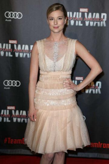 Emily Vancamp Captain America Civil War Premiere Paris