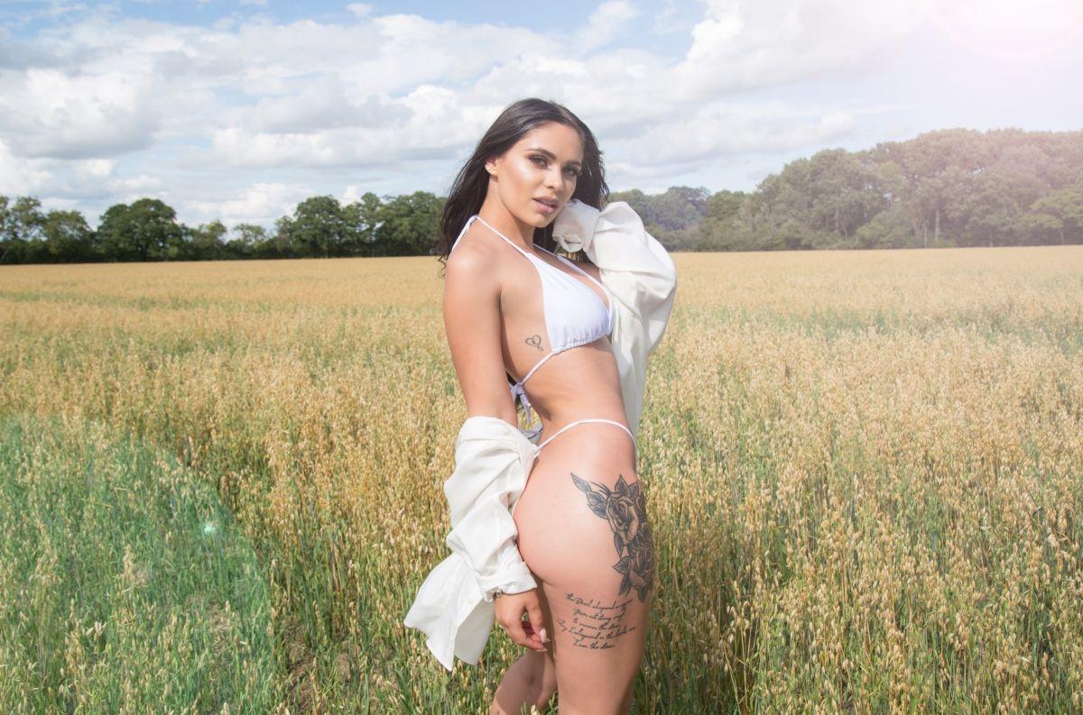 Emma Jane Woodham Bikini Photoshoot Oxford