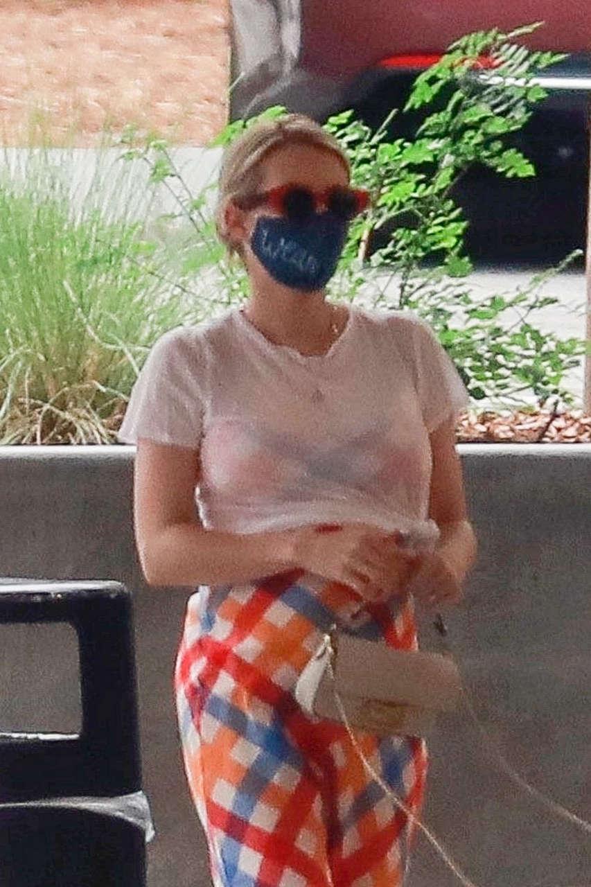 Emma Roberts Out About Los Feliz
