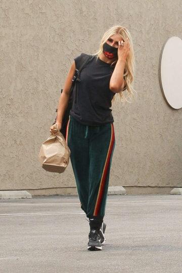 Emma Slater Arrives Dwts Rehearsal Los Angeles
