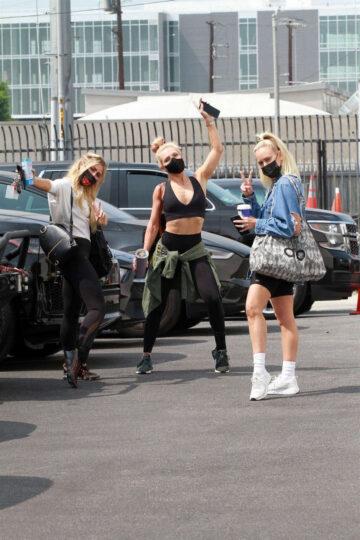 Emma Slater Sharna Burgess Peta Murgatroyd Dwts Rehearsal Studios Los Angeles