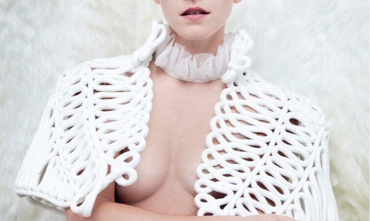 Emma Watson Vanity Fair (2 photos)