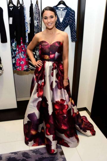 Emmanuelle Chriqui Shopping Event Diane Von Furstenberg Los Angeles