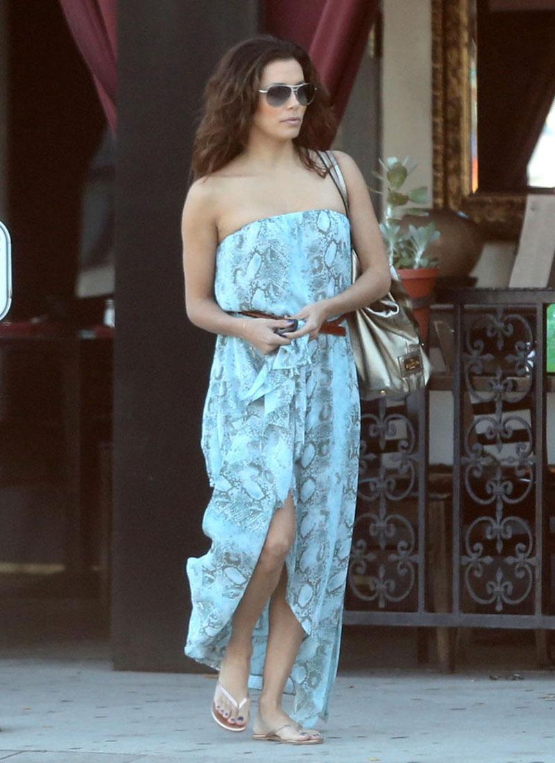 Eva Longoria Out About Sherman Oaks
