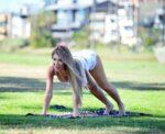 Farrah Abraham Doing Yoga Park Santa Monica