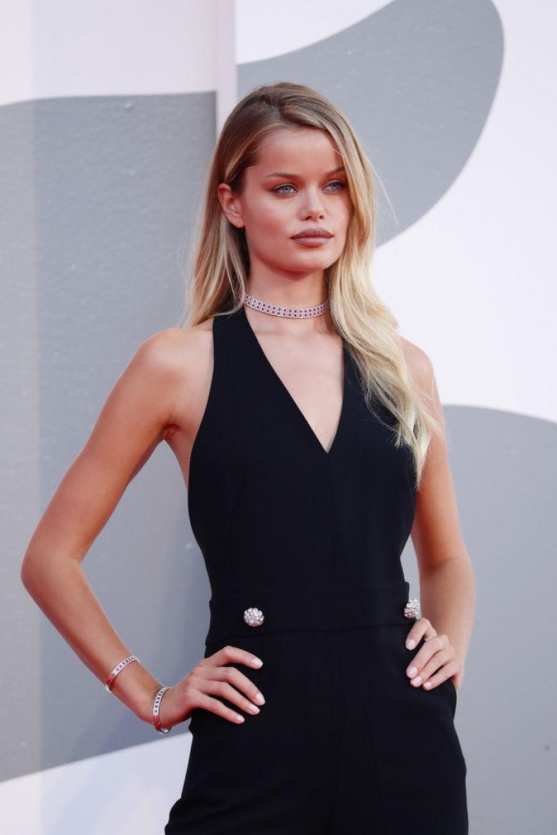 Frida Aasen World To Come Screening 2020 Venice Film Festival