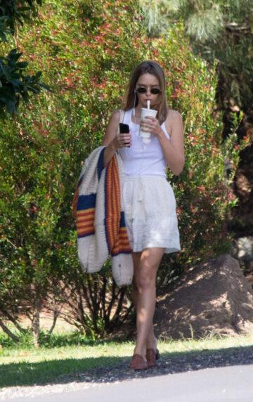 Gabriella Brooks Out About Byron Bay