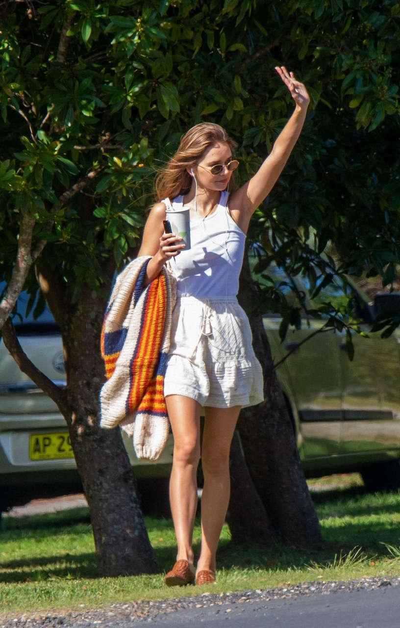 Gabriella Brooks Out Byron Bay