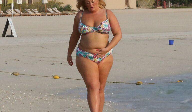 Gemma Collins Bikini Dubai (25 photos)