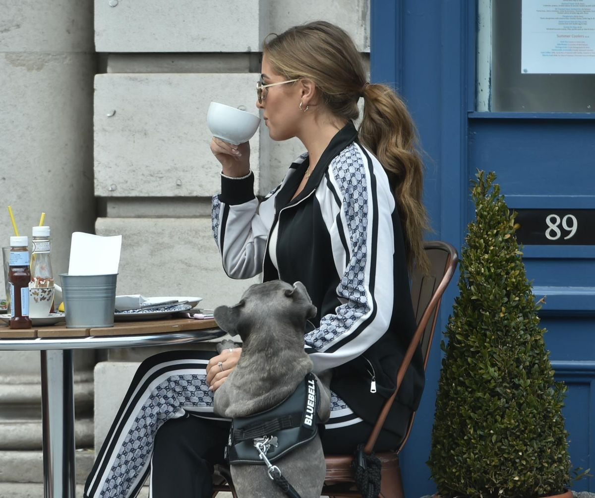 Georgia Steel Out With Her Dog Brentwood