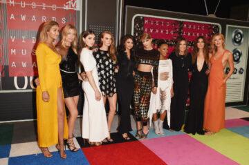 Gigi Hadid Martha Hunt Hailee Steinfeld Cara Delevingne Selena Gomez Taylor Swift Serayah Mariska Hargitay Lily Aldridge And Karlie Kloss