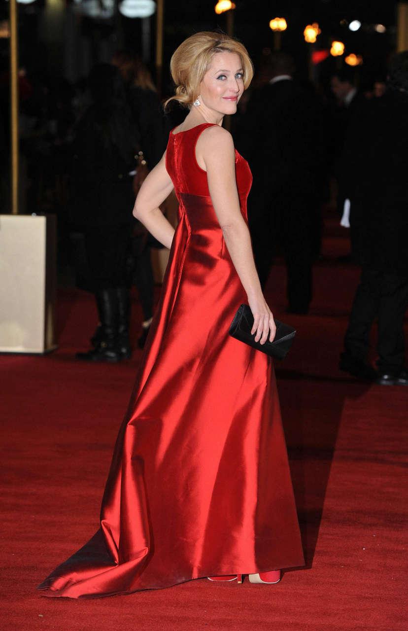 Gillian Anderson Les Miserables Premiere London
