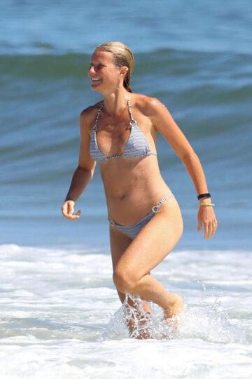 Gwyneth Paltrow Bikini Beach Hamptons