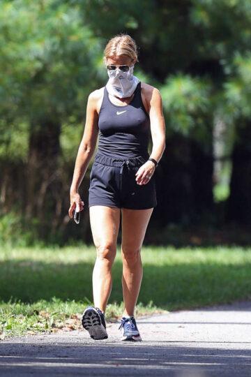 Gwyneth Paltrow Out Hikinig Hamptons
