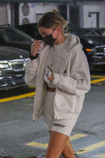 Hailey Bieber Leaves Medical Office Beverly Hills