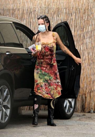Halsey Arrives Studio Los Angeles