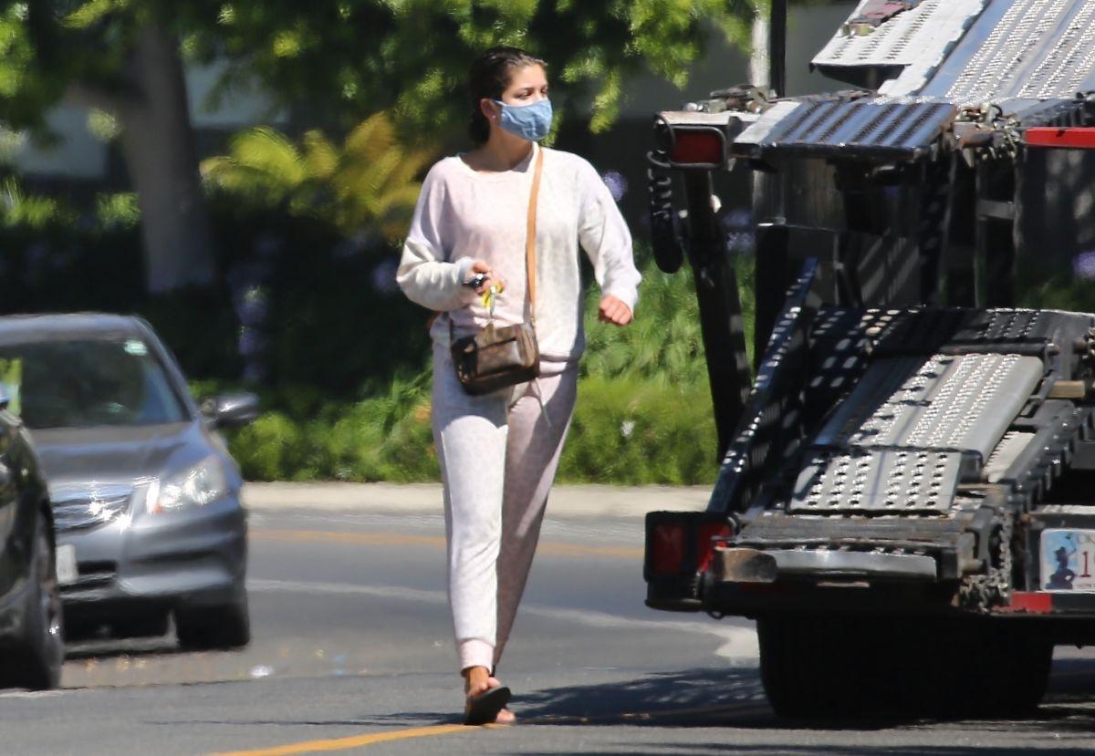 Hannah Ann Sluss Out About Los Angeles