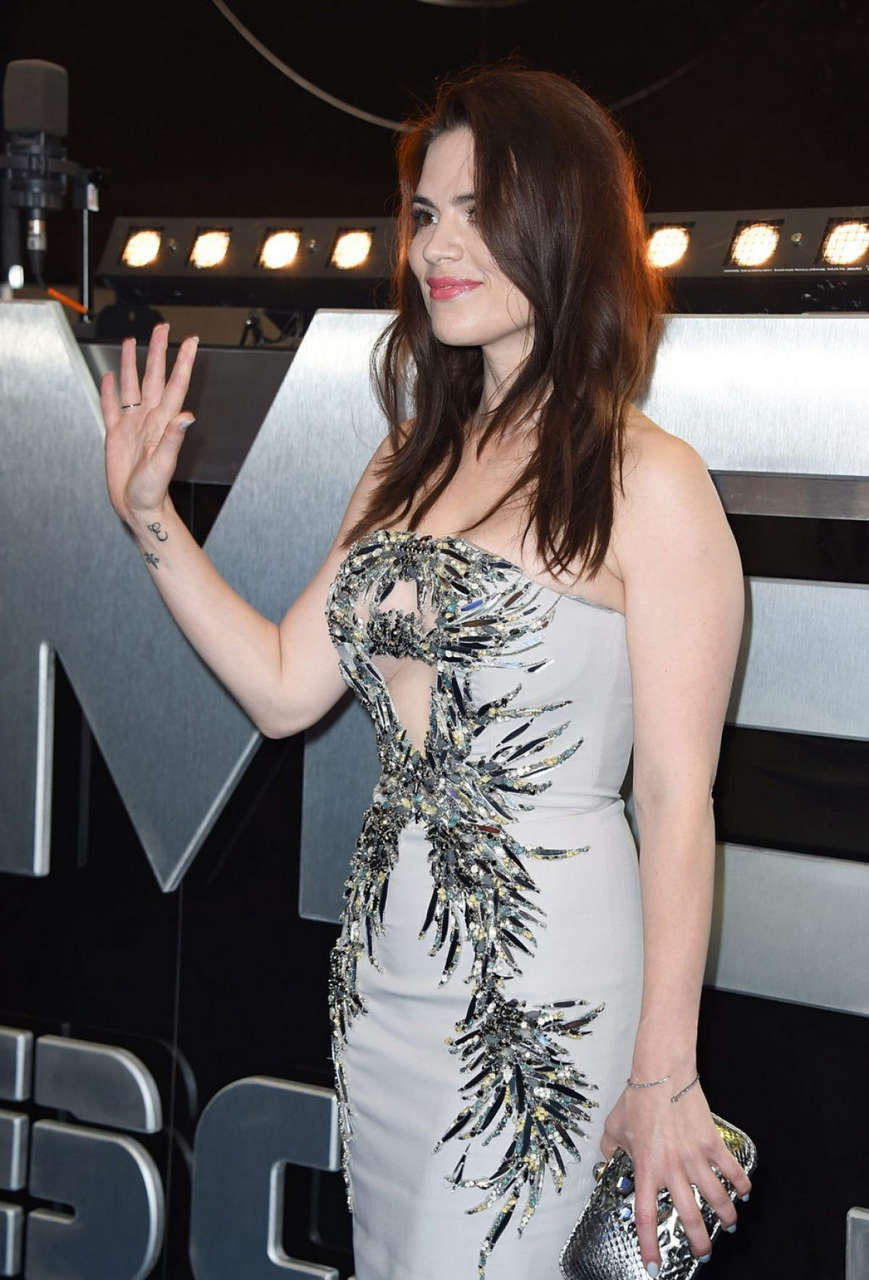 Hayley Atwell Captain America Winter Soldier Premiere London