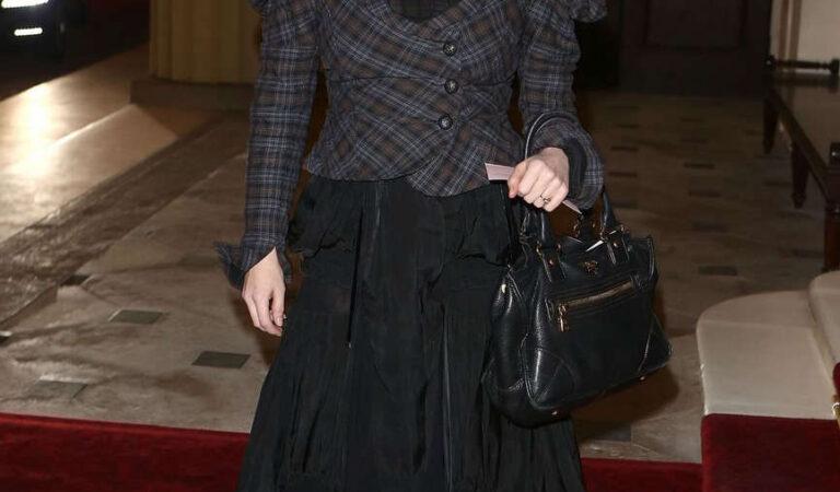 Helena Bonham Carter Dramatic Arts Reception Buckingham Palace (3 photos)