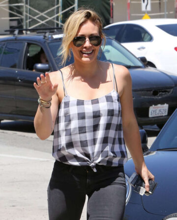 Hilary Duff Out About Beverly Hills