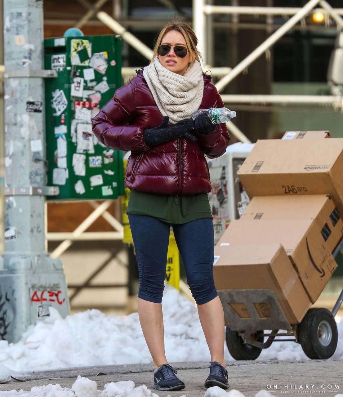 Hilary Duff Short Leggings Out New York