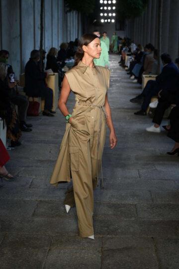Irina Shayk Hugo Boss Runway Show Milan Fashion Week