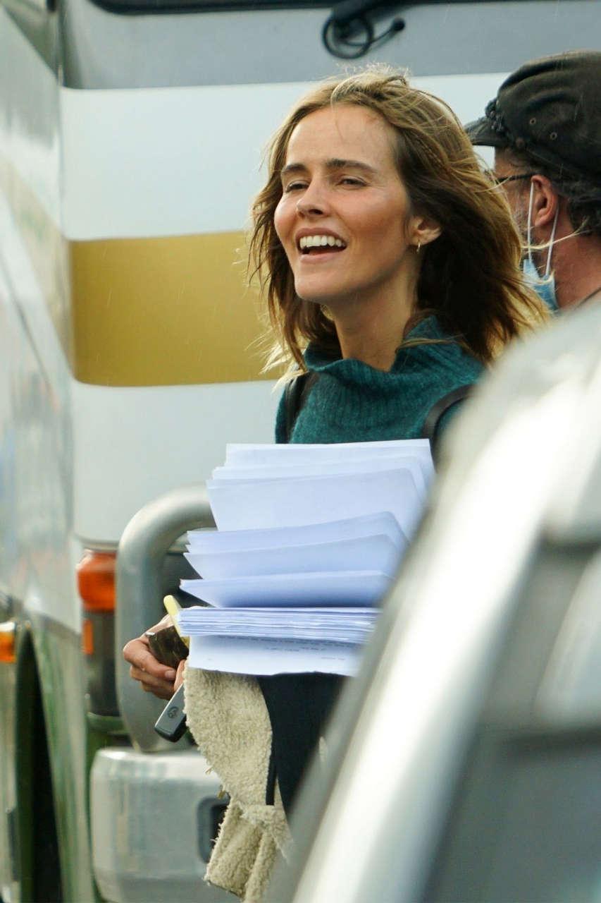 Isabel Lucas Set Lnew Movie Byron Bay