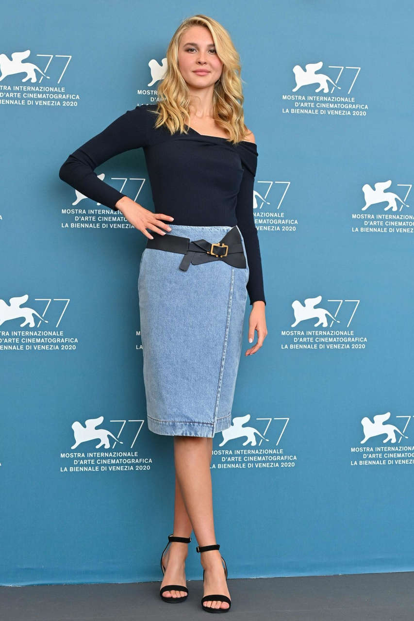 Isabel May Run Hide Fight Photocall 77th Venice Film Festival