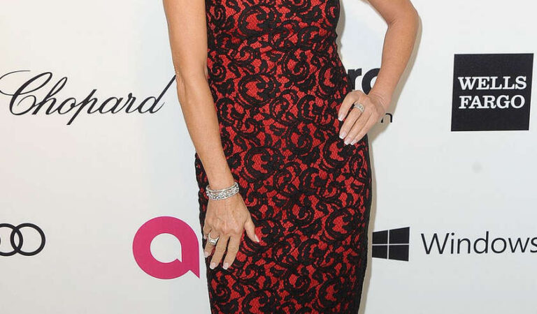 Jane Seymour Elton John Aids Foundation Oscar Party Los Angeles (4 photos)