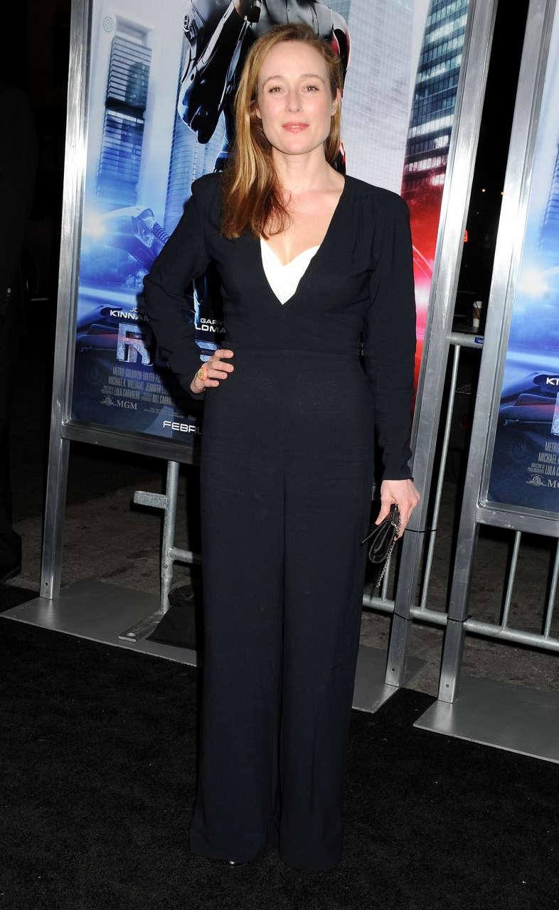 Jennifer Ehle Robocop Premiere Los Angeles