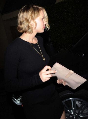 Jennifer Lawrence Leaves Ago Restaurant Los Angeles