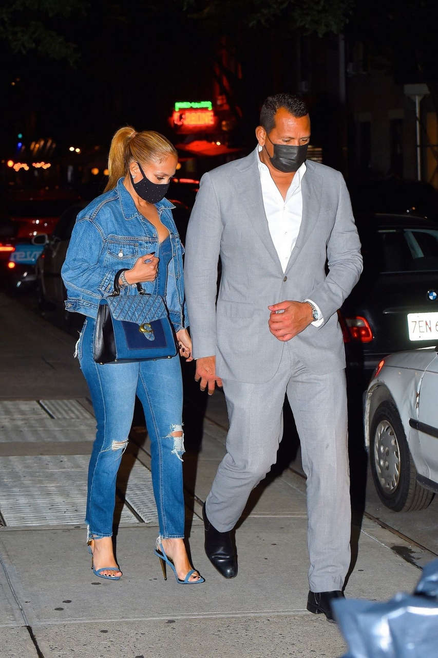 Jennifer Lopez Alex Rodriguez Out For Dinner New York