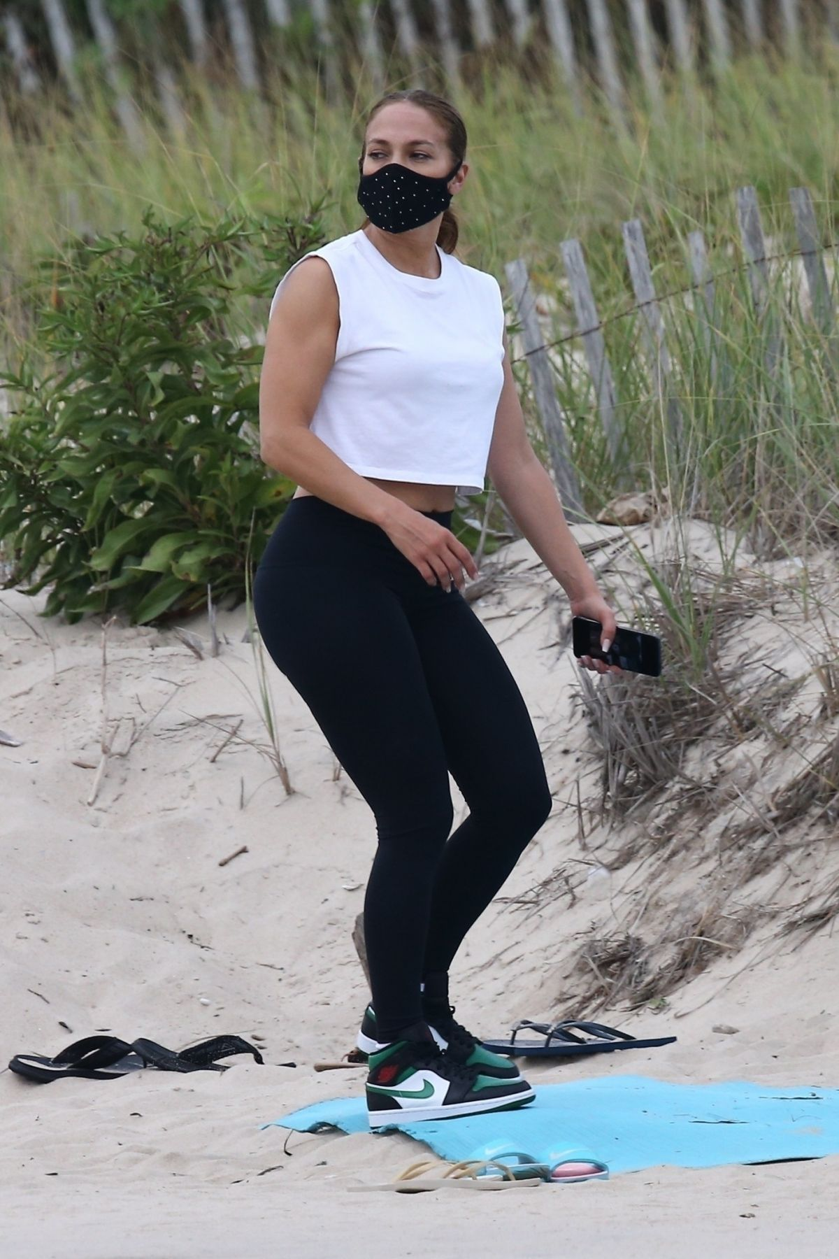 Jennifer Lopez Out Beach Hamptons