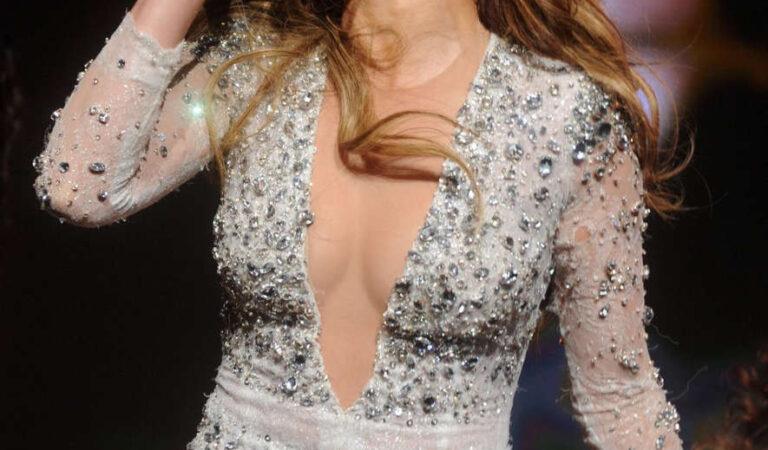 Jennifer Lopez Performs 103 5 Ktus Ktuphoria 2014 East Rutherford (65 photos)