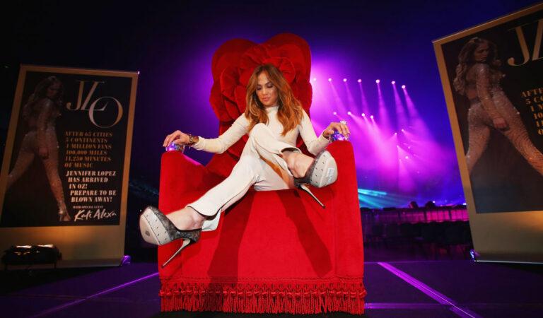Jennifer Lopez Press Call Melbourne (12 photos)