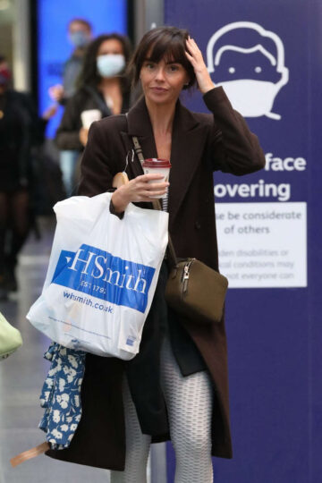 Jennifer Metcalfe Picadilly Train Station Manchester